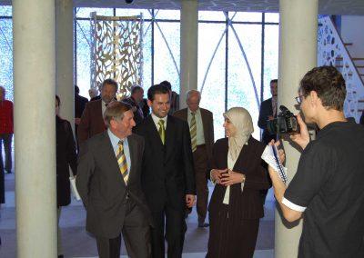 Alois Glück mit Gönül Yerli und Imam Idriz