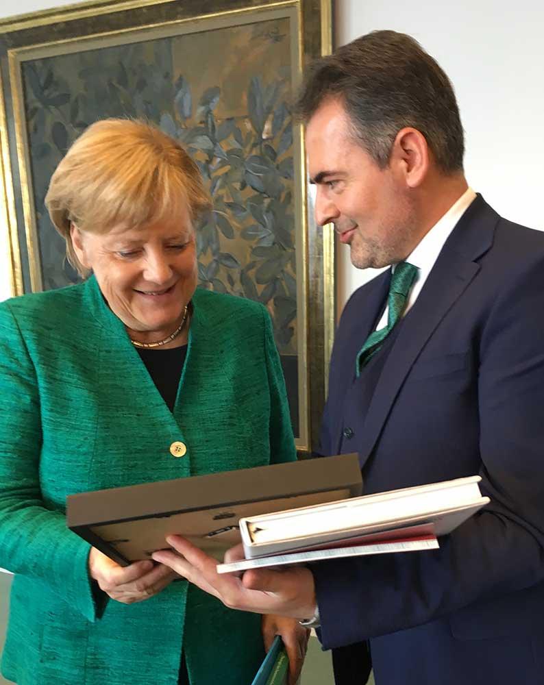 Imam Idriz und Angela Merkel